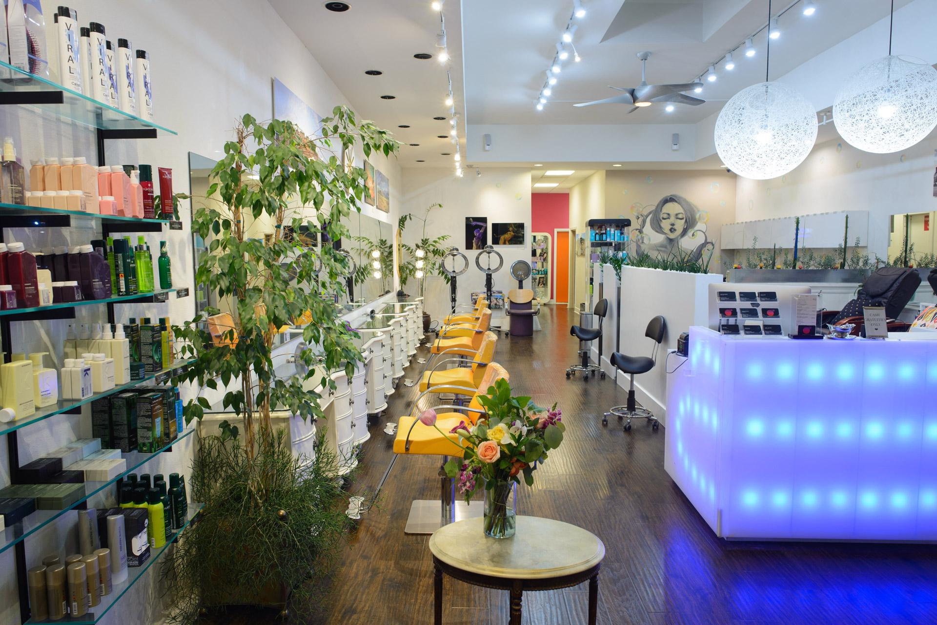 bubble-pop-electric-salon-inside-8